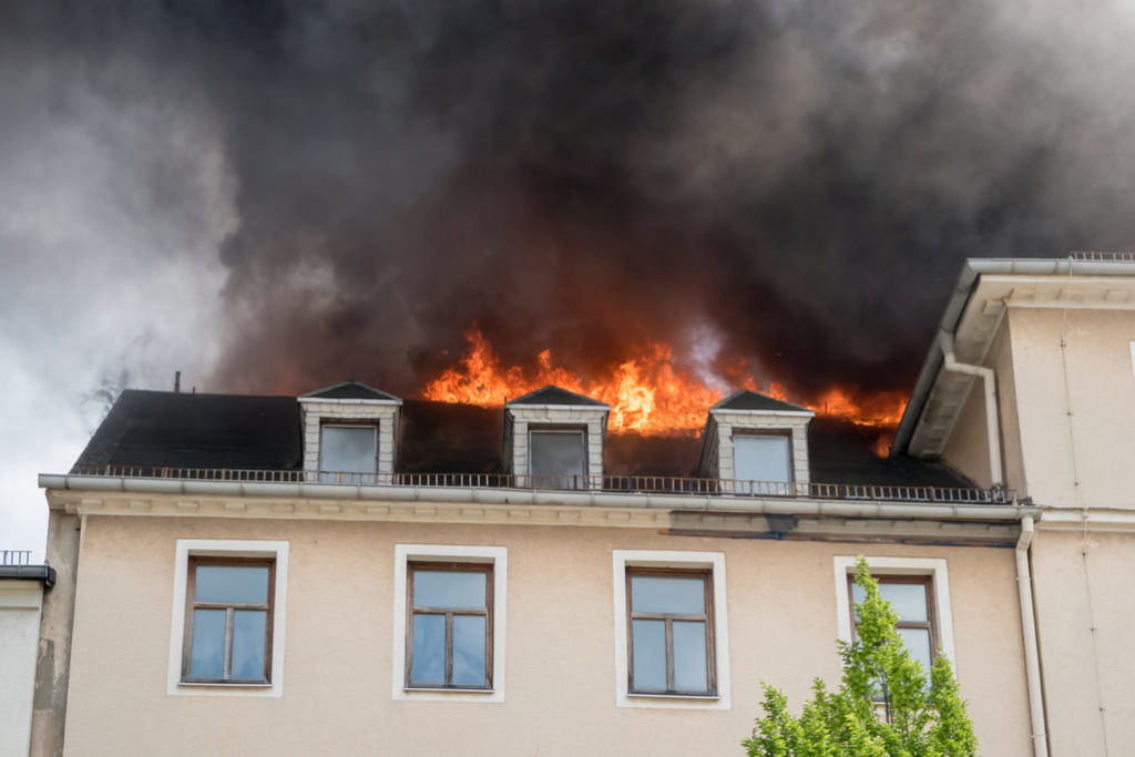 How To Know When Smoke and Carbon Monoxide Is In Your Home